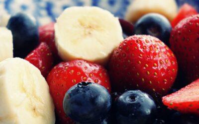 Erdnussbutter mit Obst