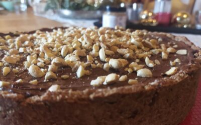Vegane Erdnussbuttermousse Torte